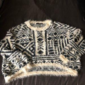 LF Paper Heart print fuzzy crop sweater XS-S